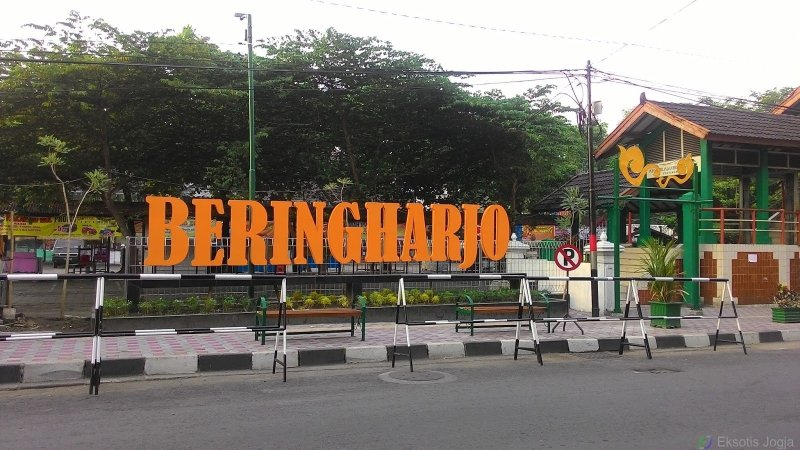 10 Tips Belanja di Pasar Beringharjo Jogja agar Dapat ...