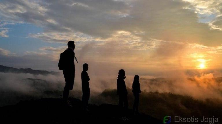 gunung ireng sunrise
