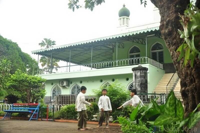 masjid-syuhada-yogyakarta