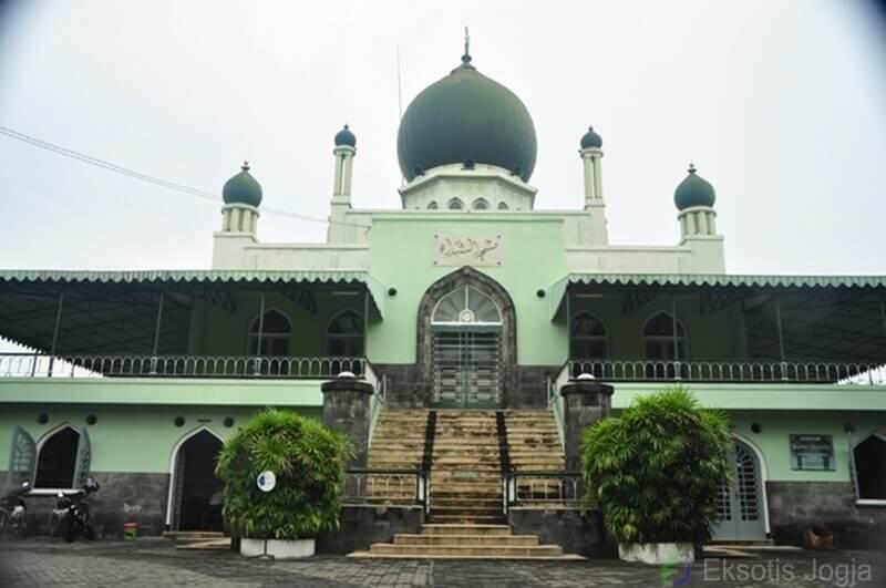 masjid-syuhada