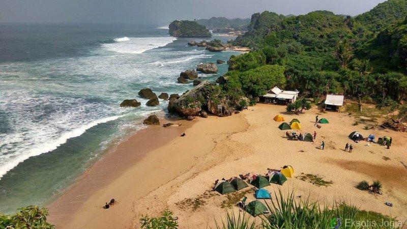 10 Pantai Terbaik Untuk Camping Di Gunung Kidul